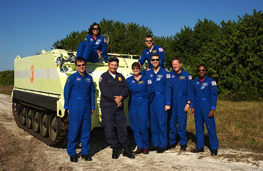 ksc-02pd-1938-crew-and-m113-tcdt