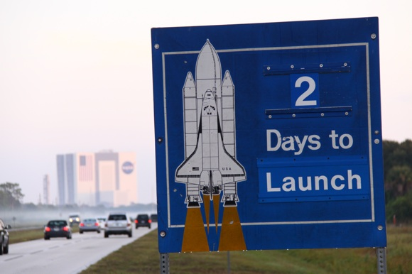 shuttle_countdown_sign