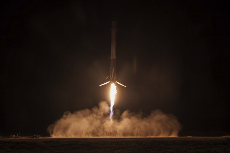 spacex-falcon-9-crs-9-landing